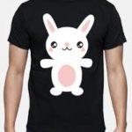 remera de conejos negra y blanca